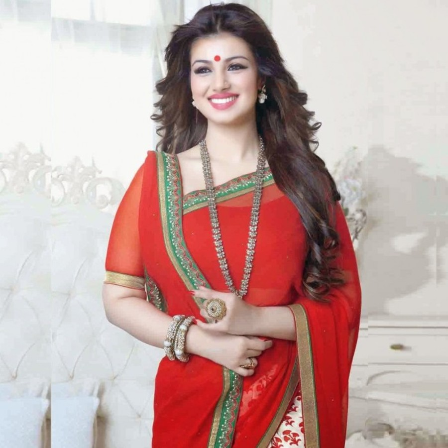 Red & Off White Georgette Ayesha Takia Saree